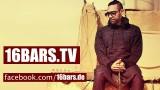 Ali As – Hoodie x Chucks (Video)