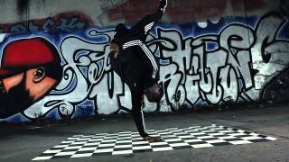Ali Bumaye – Bitch ft. Shindy (Video)