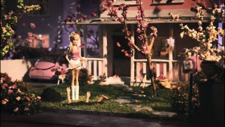 Cro – Hey Girl (Video)