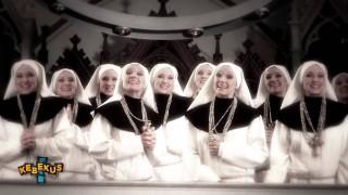Carolin Kebekus – Dunk den Herrn! ft. MC Rene (Video)