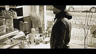 Lumaraa – Er (Video)