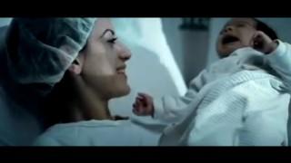 Massiv – ich küss den Boden auf den Mama läuft (Video)
