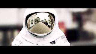 Vega – Von einem anderen Stern ft. RAF Camora & MoTrip (Video)